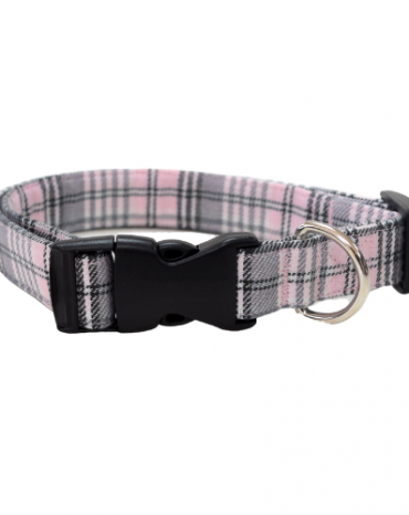 pink artan fabric collar