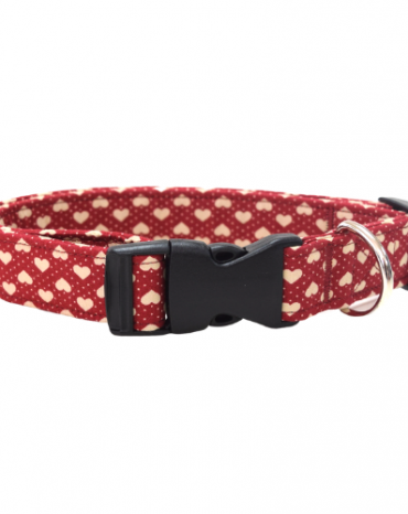 red hearts fabric collar