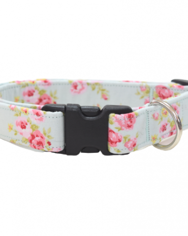Pink roses fabric collar